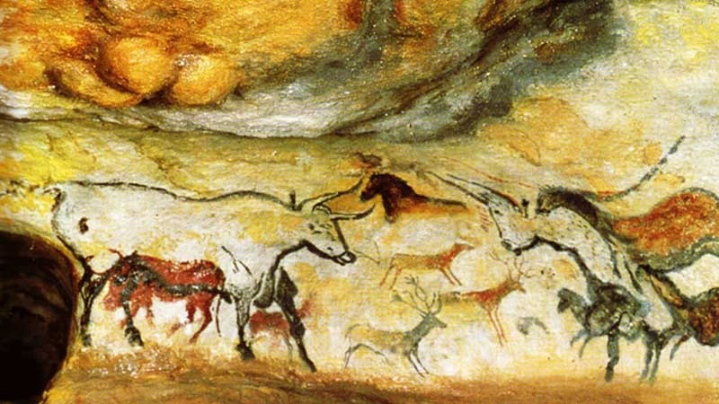 cave paintings at Lascaux in France